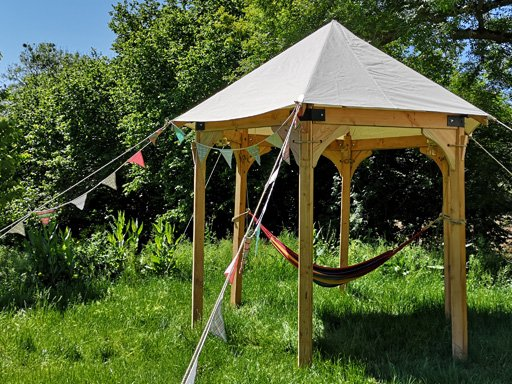 Roundhouse tent with hammock and bunting